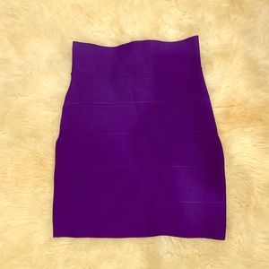 BCBGMAXAZRIA Textured Power Skirt